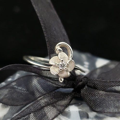 Sterling Silver Flower Ring w/Diamond Center