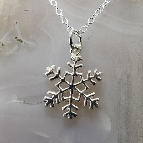 Snowflake Pendant (MED)