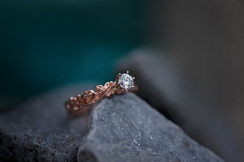 Rose Gold Band with Diamond
