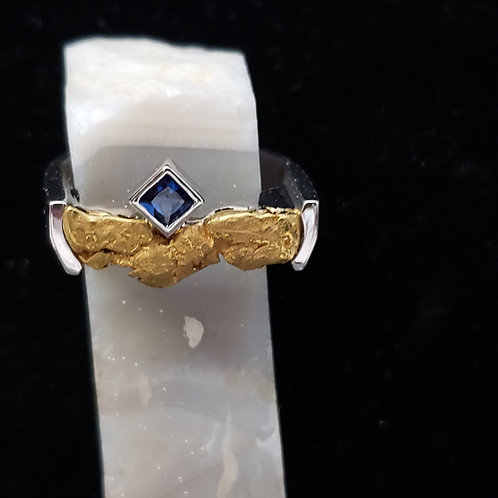 Gold Nugget Ring with Sapphire