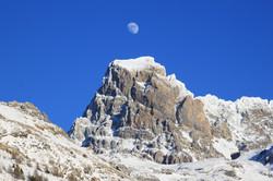 Le Brec de Chambeyron et sa lune
