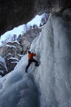 Cascade de glace en Ubaye