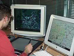 Figura 2 - Instrumento de restituição fotogramétrica. Fonte: https://es.wikipedia.org/wiki/Fotogrametr%C3%ADa_digital
