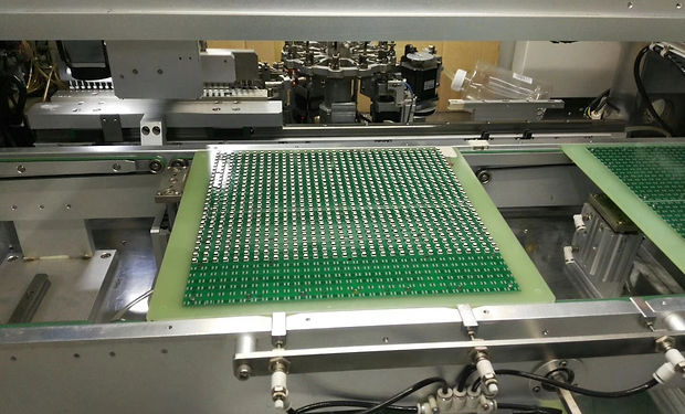led pasting on pcb board led sign.jpg