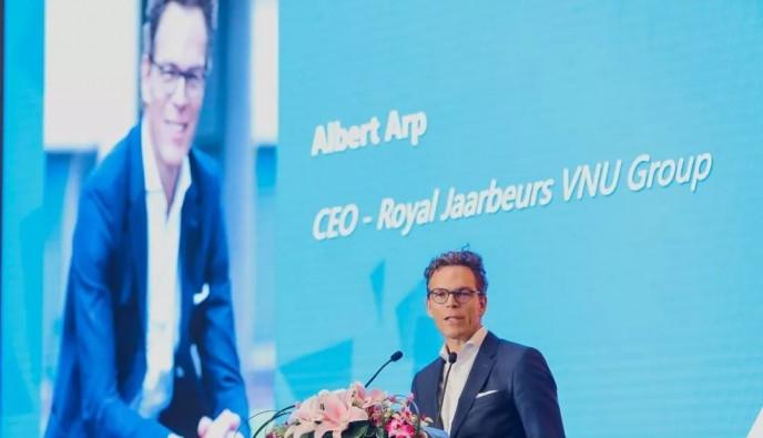 荷蘭皇家展覽集團VNU萬耀展覽歐洲有限公司首席執行官  艾愛博先生 Mr. Albert Arp