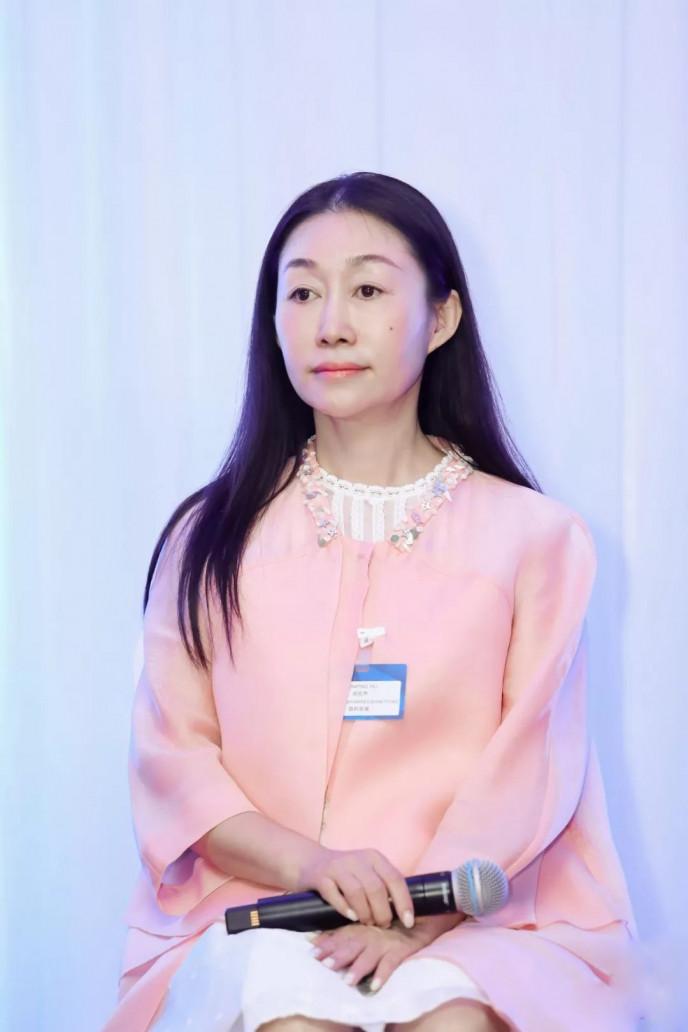 國藥勵展 總經理 胡琨萍女士