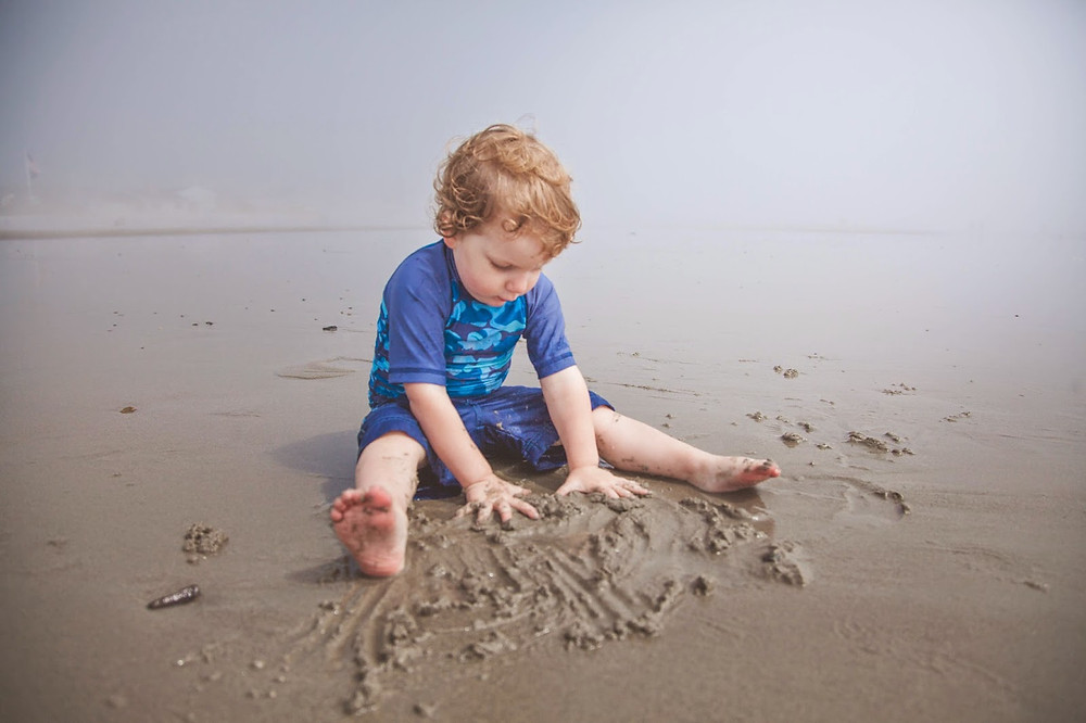 Arthur qui s'en est donné à coeur joie dans la boue, digne d'une journée au spa!