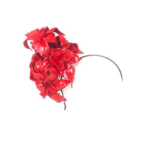 Miss Scarlet Red Jonquil Garland (high)