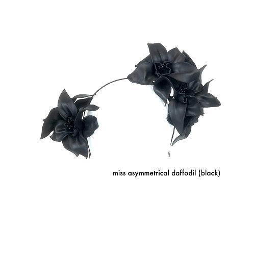 Miss Asymmetrical Daffodil Crown