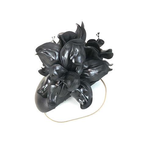The Hibiscus (black)