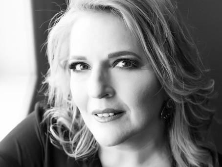 Mari Cavallaro: Escolhas, Luz, Vulnerabilidade e Coragem