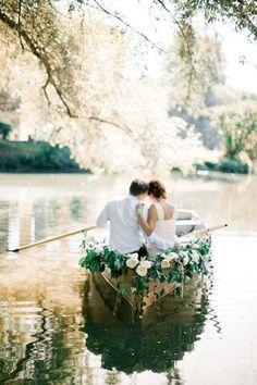 Wedding planner Denver - romanticboatride