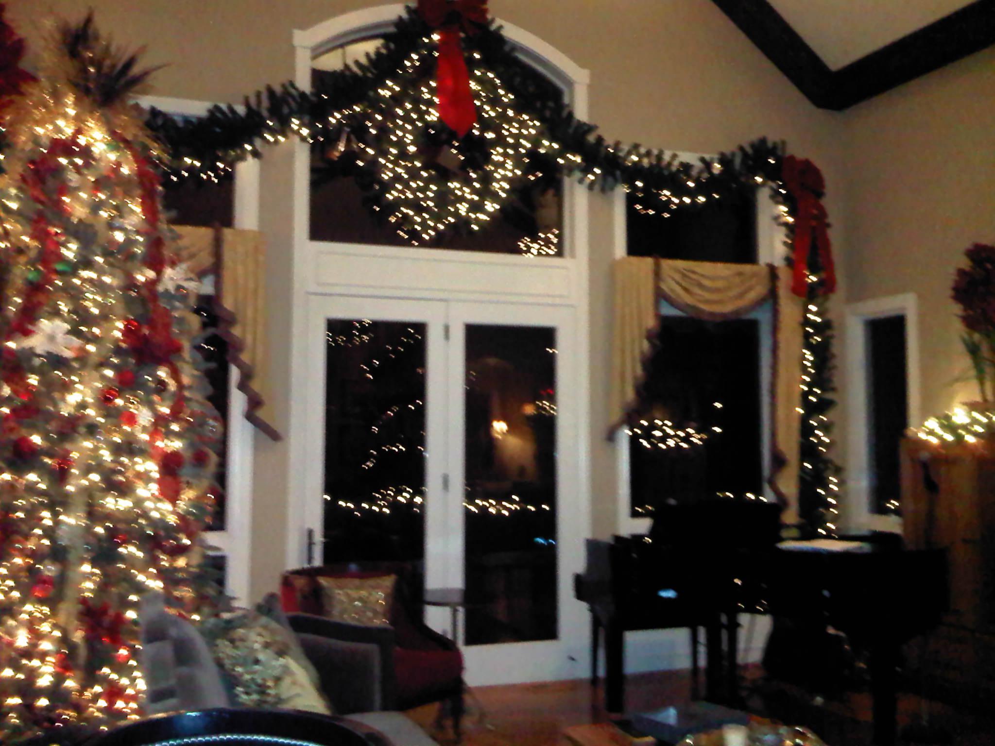 red, white & gold Christmas decor - Party Planner Denver.jpg