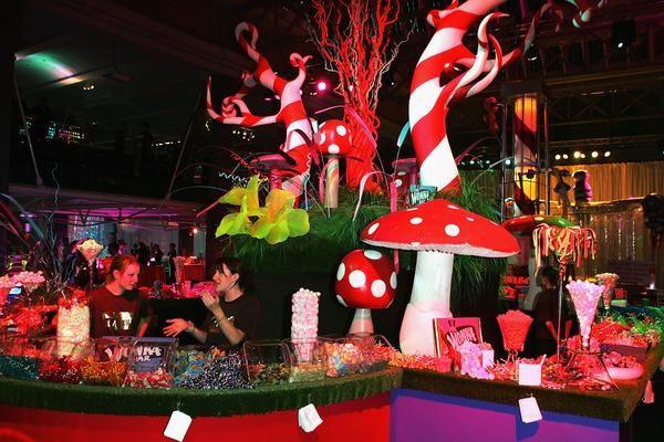 Alice in wonderland themed prom, jennifer lane events, event decor divas