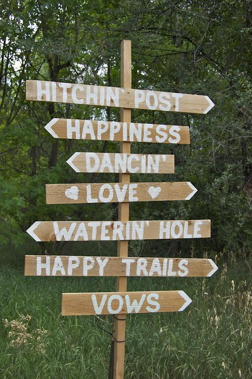country wedding ceremony signage 8.jpg