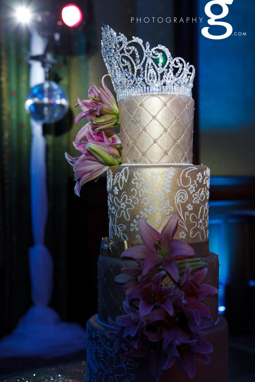 Gold metallic cakes - Brown Palace Denver