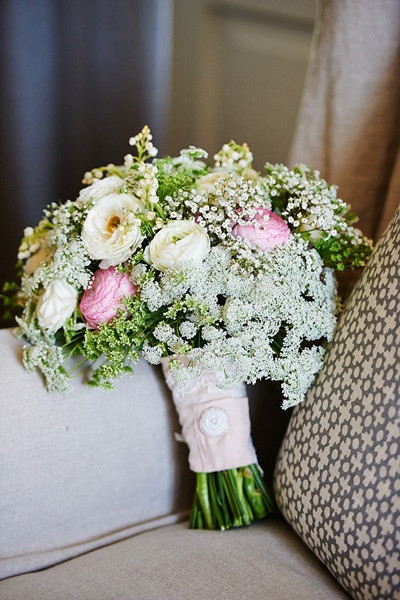 Queen Annes lace wedding bouquet