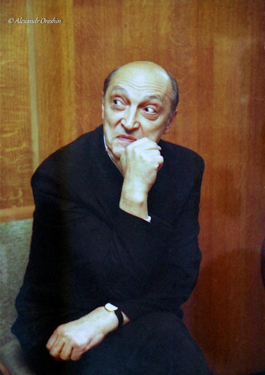 М.Козаков