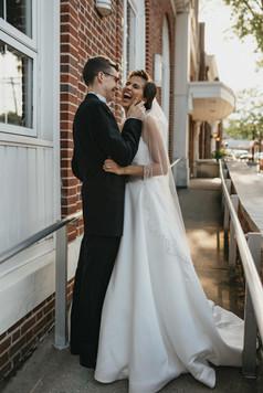 bride_groom_romantics-44.jpg
