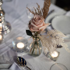 'Felicity' Candle & flower set $30