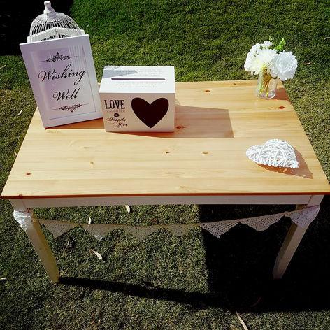 'Wish Well' box & sign $10