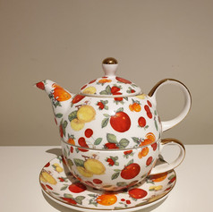 'Lemon' teapot $5