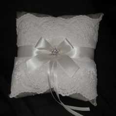 'Ring' pillow $5