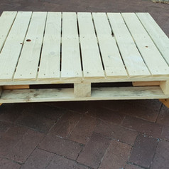 'Pallet' table $25