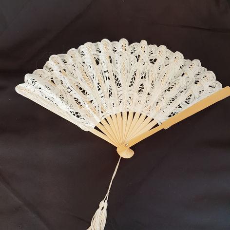 'Lacey' fan white $5