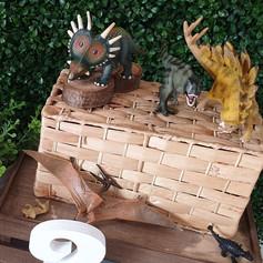 'Dino' medium $4