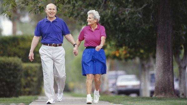 A caminhada é fundamental no tratamento da doença arterial obstrutiva crônica