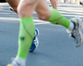 Meias de compressão para corrida melhoram o desempenho?
