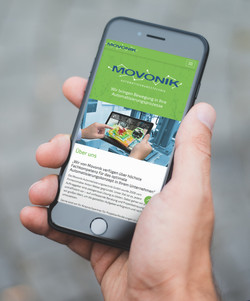Movonik iPhone front