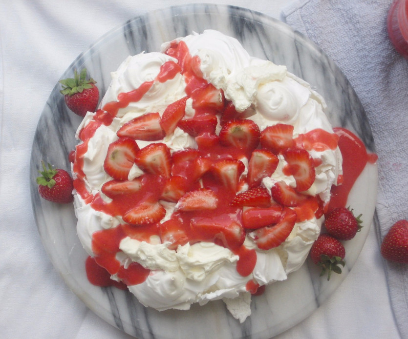 Strawberry and vanilla pavlova
