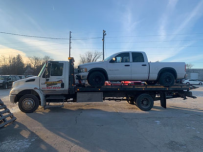 Medium Duty Towing -Limitless Towing