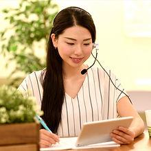woman_learning_online.jpg