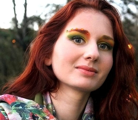 fall-autumn-color-makeup-artist-orange-green-yellow-nature.jpg