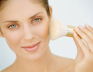 How To Apply Foundation for Oily Skin