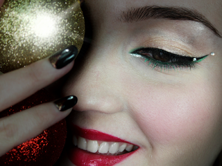Top 3 Christmas Gifts, that Will Make You Look Stunning!