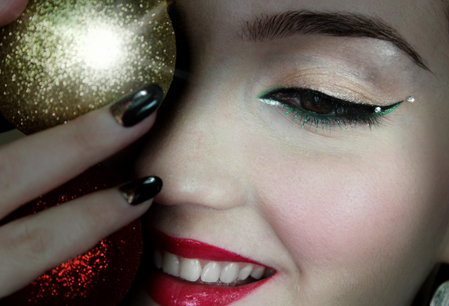 Christmas-makeup-idea-beautiful-Norwich-Norfolk.png