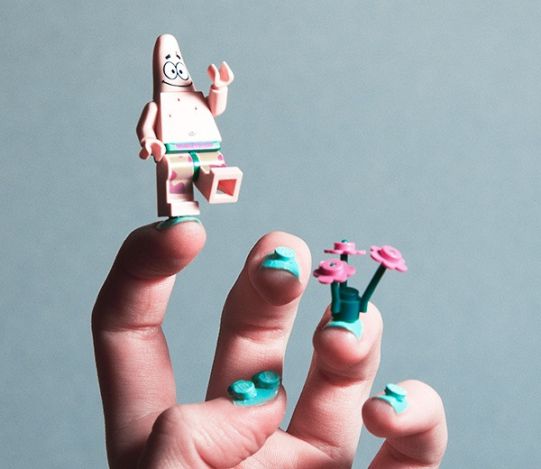 #3-Top-10-most-crazy-unusual-nail-art-designs-Lego-creative.jpg