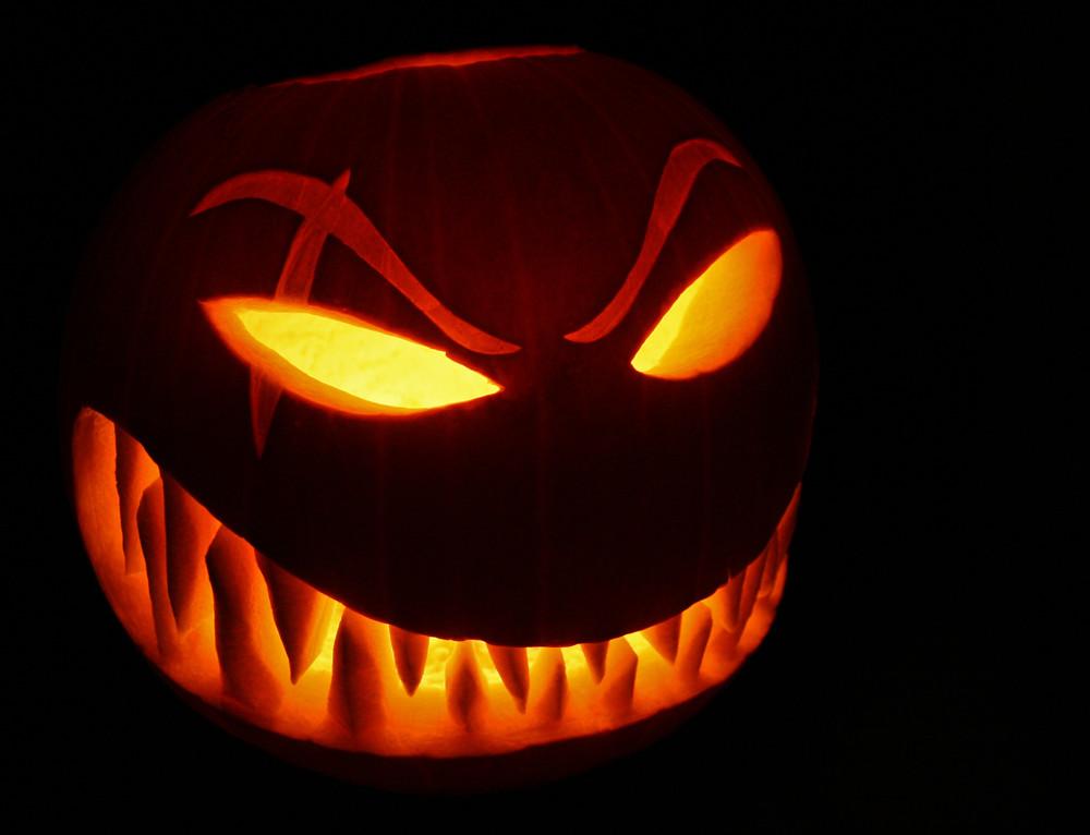 Wicked_pumpkin_cool_halloween_design.jpg
