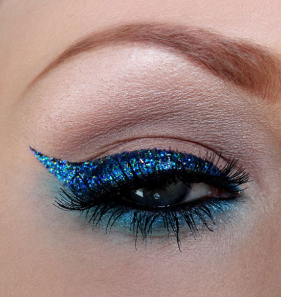 Best-Blue-Eye-Liner-Looks-Ideas-glitter-makeup-picks.jpg