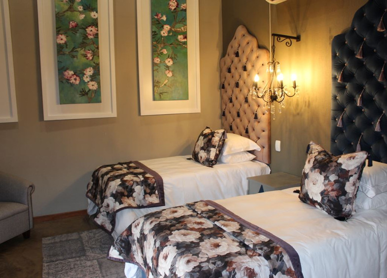 Enchanted Family suite 2 x 3/4 beds
