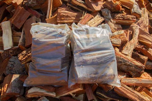 Bags of Cottondale Knoppiesdoring wood