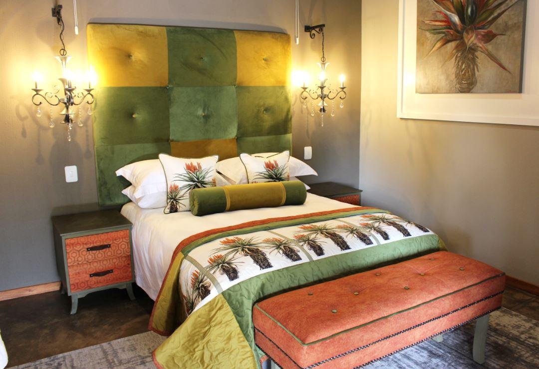 Aloe Family suite Queen bed