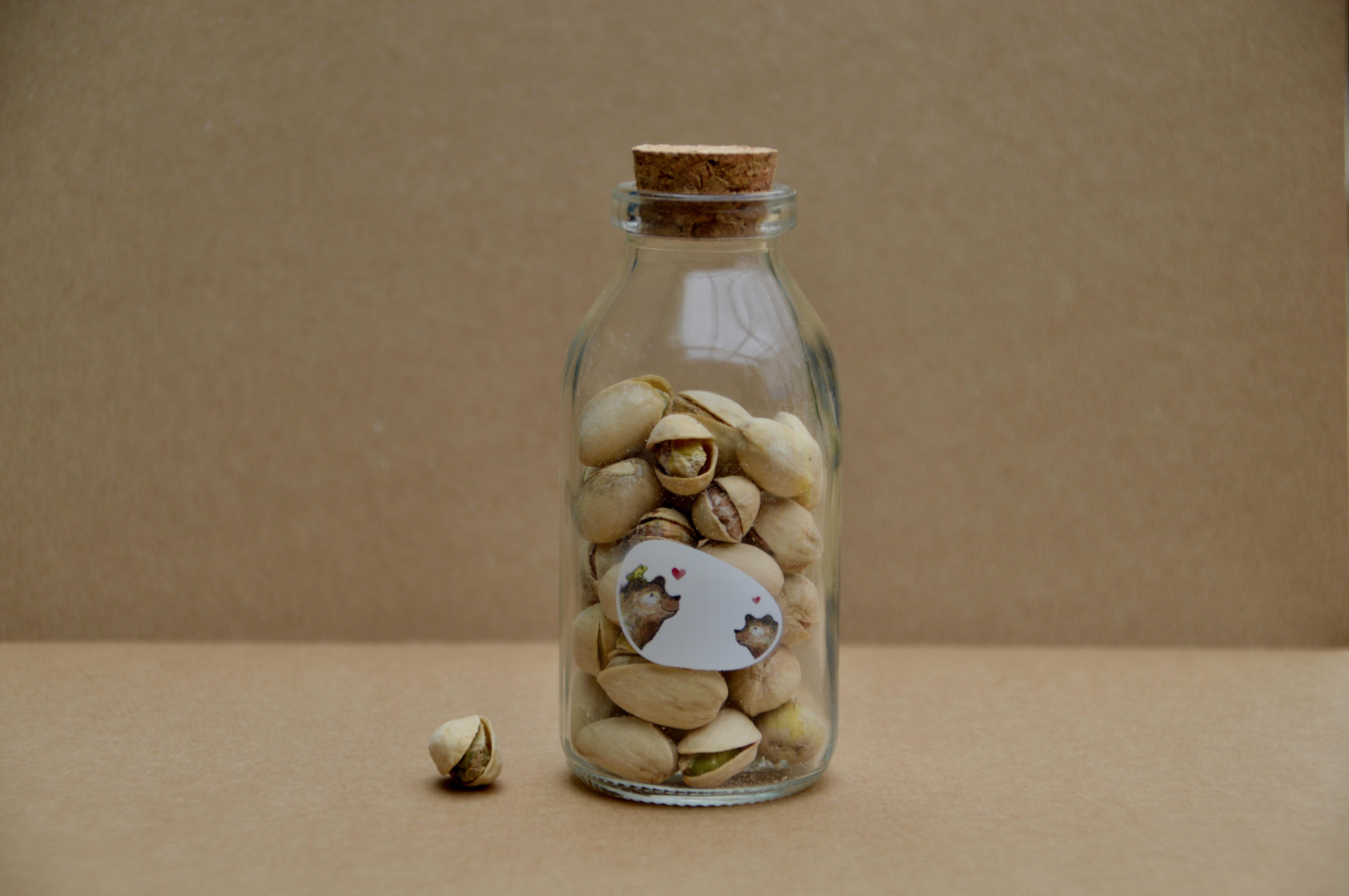 Flesje pistachenoten