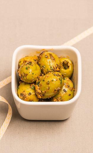 Grüne Oliven ohne Stein mit Mangosoße - pikant