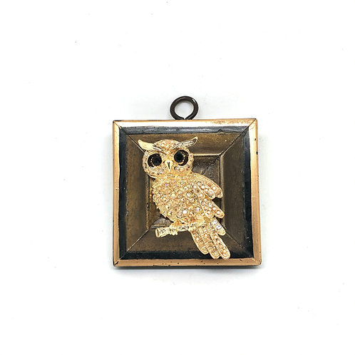 #11421 Lacquered Frame w/Sparkle Owl Brooch