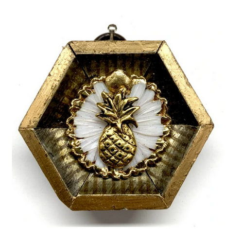 #10629 Painted Frame w/Pineapple on Brooch